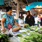 これぞローカル体験!チェンマイの地元民が集う青空マーケット